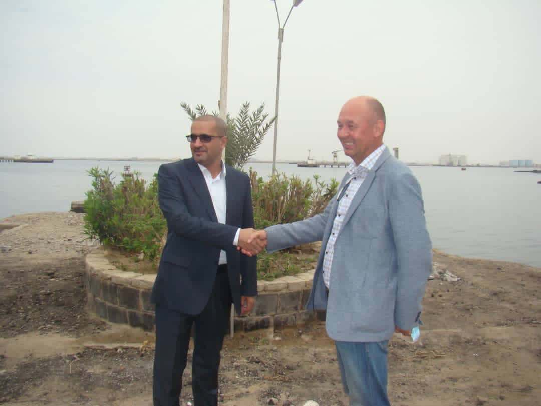 To assess the damage suffered by the port and enhance its capacity .. Experts from the port of Rotterdam visit the Port of Aden