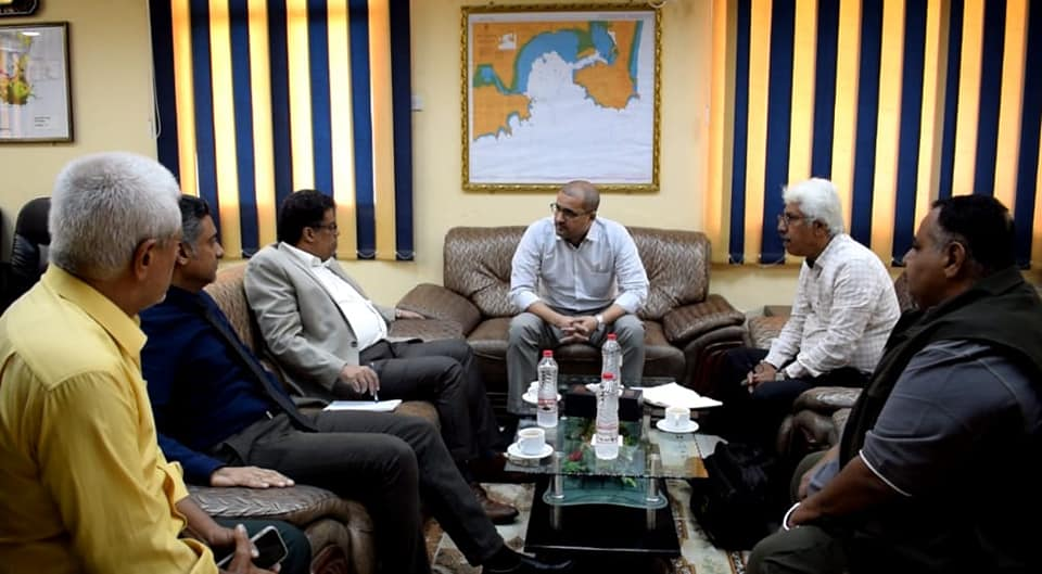 The First Undersecretary of the Governorate & The Executive Chairman of YGAPC discuss the Precautionary Measures for  Corona Pandemic (Covid 19) in the Port of Aden.